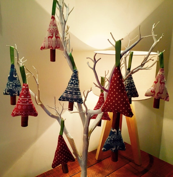 Homemade Decoration Ideas: Handmade Cinnamon Stick Christmas Tree Decorations