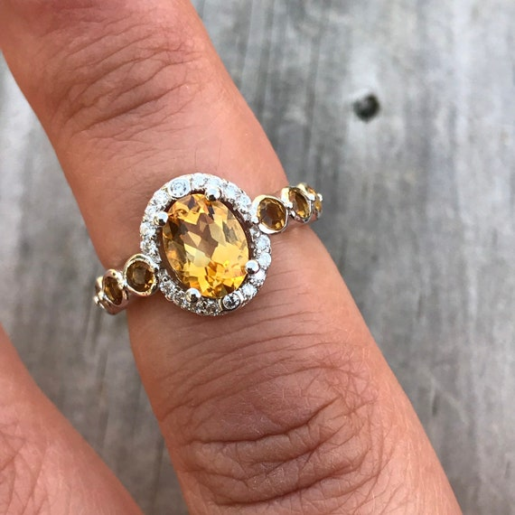 Vintage 1980s Large Yellow Light Oval Cut Citrine Quartz and Sterling Silver Chunky Heavy Statement Ring Size 7.75