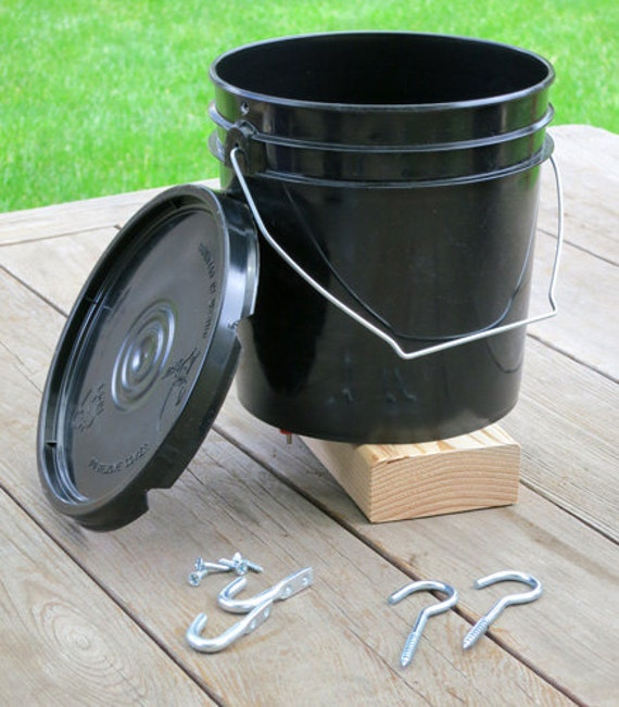Hanging Bucket Poultry Nipple Waterer For Chickens 1 Gallon Etsy