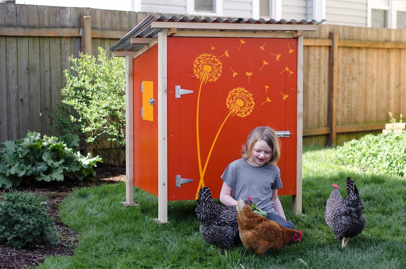 The Basic Coop Stand-Alone Chicken Coop Plan eBook PDF image 0