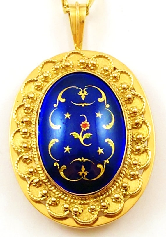 Vintage French Enamel Pendant in 14k Gold, 1940's - image 7