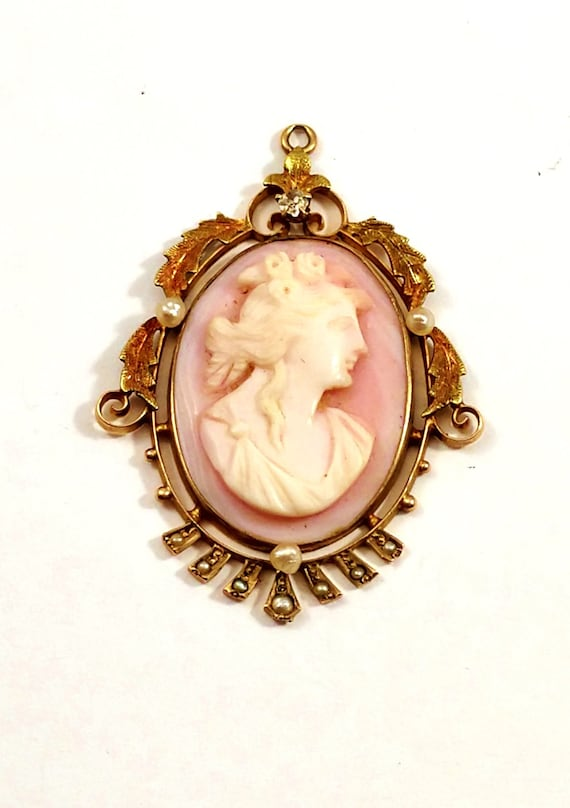 Cameo Necklace with Diamond in 10k Gold, 1910's