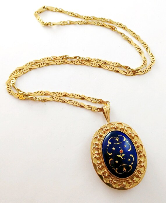 Vintage French Enamel Pendant in 14k Gold, 1940's - image 4