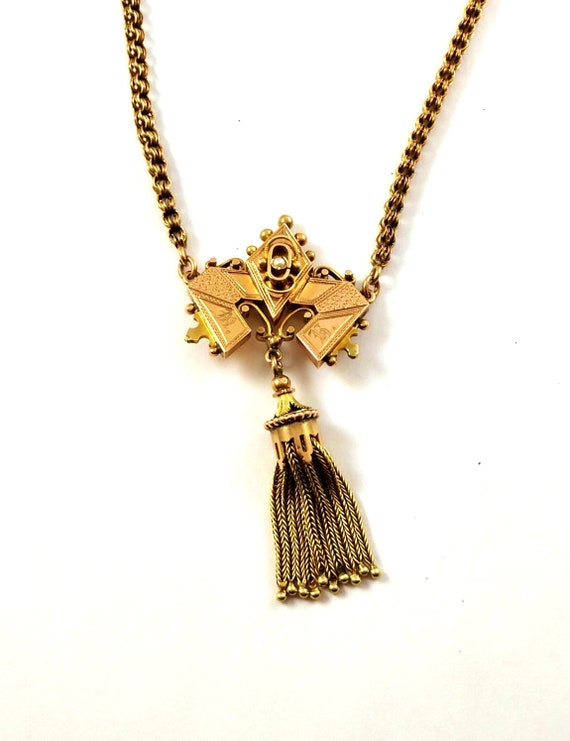 Victorian Necklace in 10k Gold, 1800's