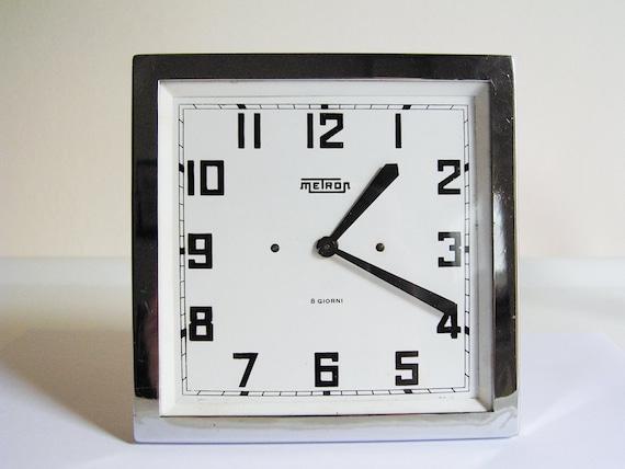 METRON table clock