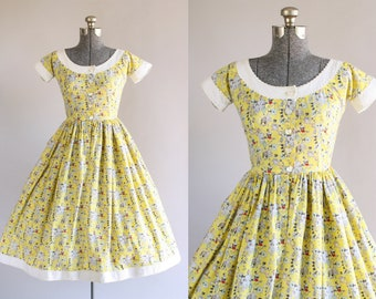 ad2f709907 Vintage 1950s Dress   50s Cotton Dress   Lanz Originals Yellow Black and  Red Fishing Novelty Print Dress XS S