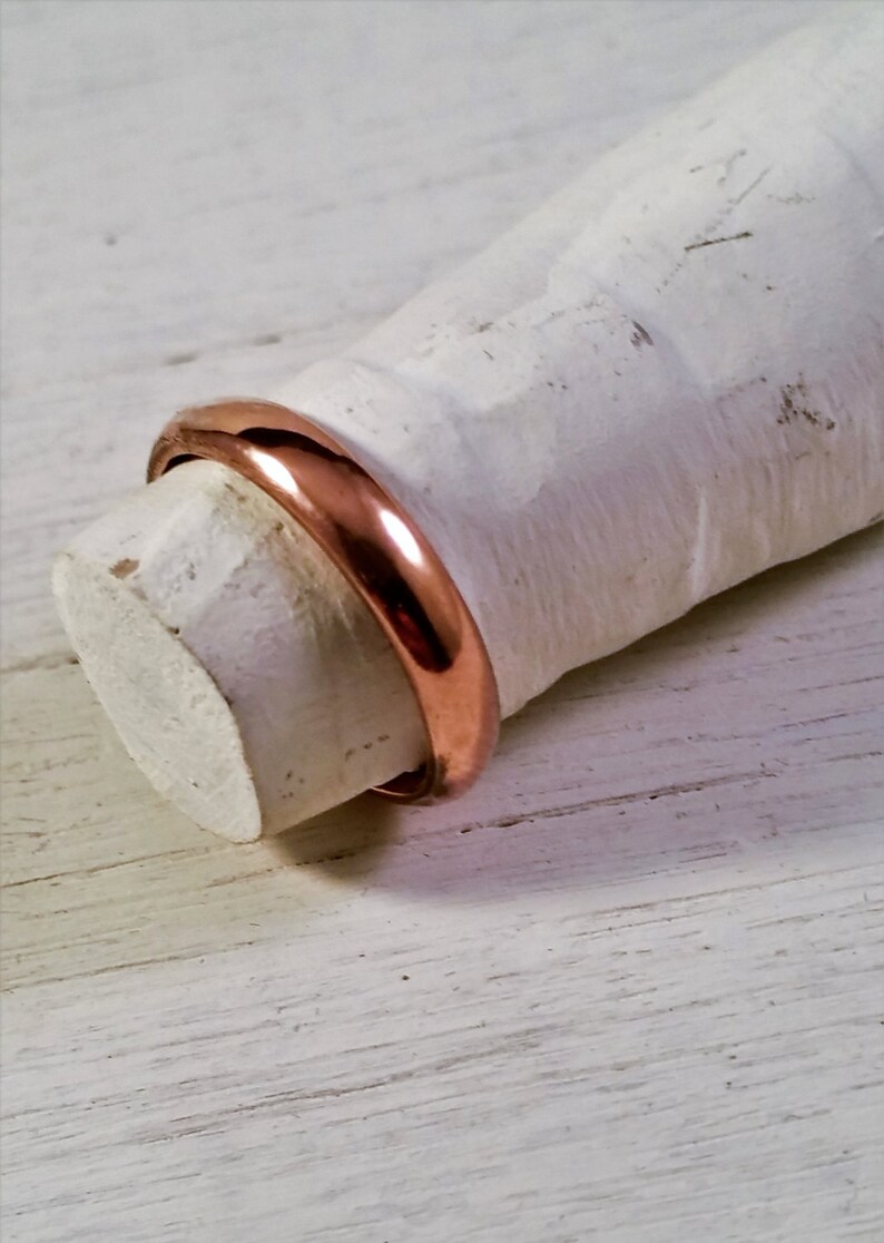 18ct Rose Gold Plated Ring Rose Gold Plated onto a solid silver band
