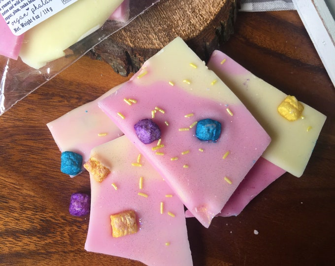 Crackling Crunch Berries Wax Melts Wax Brittle Handmade Soy Vegan Highly Scented Wax Tarts Wax Melt Stocking Stuffer Christmas Gifts