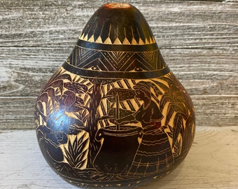 Vintage Peruvian folk art, Hand carved gourd, Peru collectibles, Home decor gift,