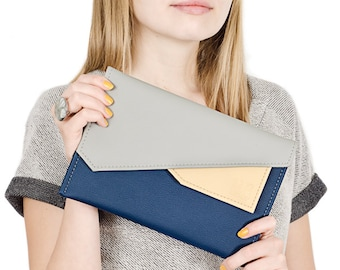Envelope clutch bag Vegan leather clutch purse Ipad mini case Navy blue clutch Small clutch Vegan travel wallet Colorblock handbag Minimal