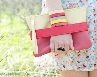 Wristlet clutch bag Pink crossbody purse Vegan leather clutch with strap Bridesmaid wristlet purse Vegan handbag Small clutch purse