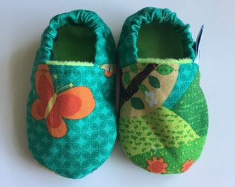 Soft soled shoes, baby slippers, baby shoes, pram shoes, crib shoes, prewalker shoes - 3-6 months, woodland