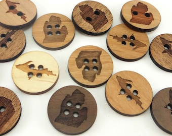 Michigan and UP Engraved Wood Buttons 1 inch (25 mm), Upper Peninsula buttons