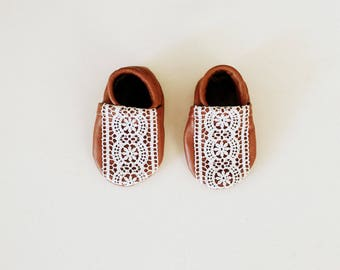 Baby Moccasins- Lace & Cognac leather