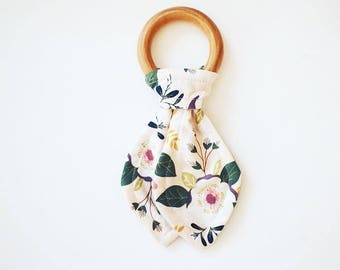 Maple Teething Ring- Light Pink Floral