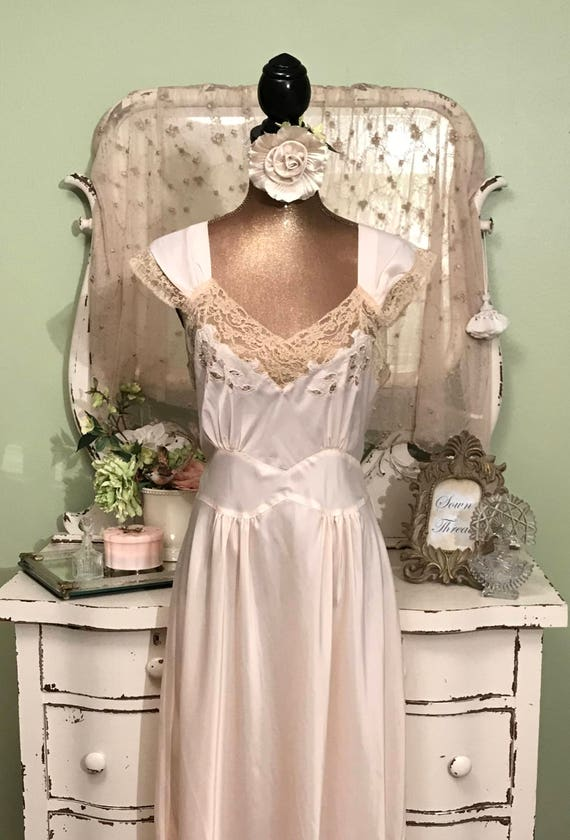 Soft Fabulous in Vintage Long Peachy Size 1940s Rare Satin Larger Silky Nightgown Pink t7SHqxaw0