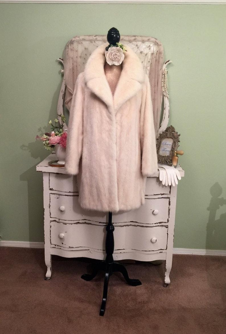 827d72fa9fa8 Luxury Pastel White Mink Fur Coat Long Fur Jacket L-XL Womens