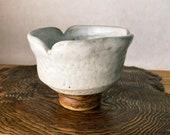 """粉引 茶碗 Japanese Ceramic Saucer, Shigaraki Ware, Kohiki, Size 4.3"""" diameter 3.35"""" height"""