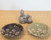 """Small Japanese flower paint with wafu designed Saucer for small Kokedama Size 4.75"""" diameter x 1"""" height"""