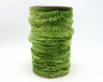 Spool of Green Chenille Wired Ribbon / Garland - 9.5 Yards