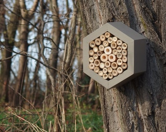 BEE HOTEL, Insect house, Mason bee home - Hotel Mouse