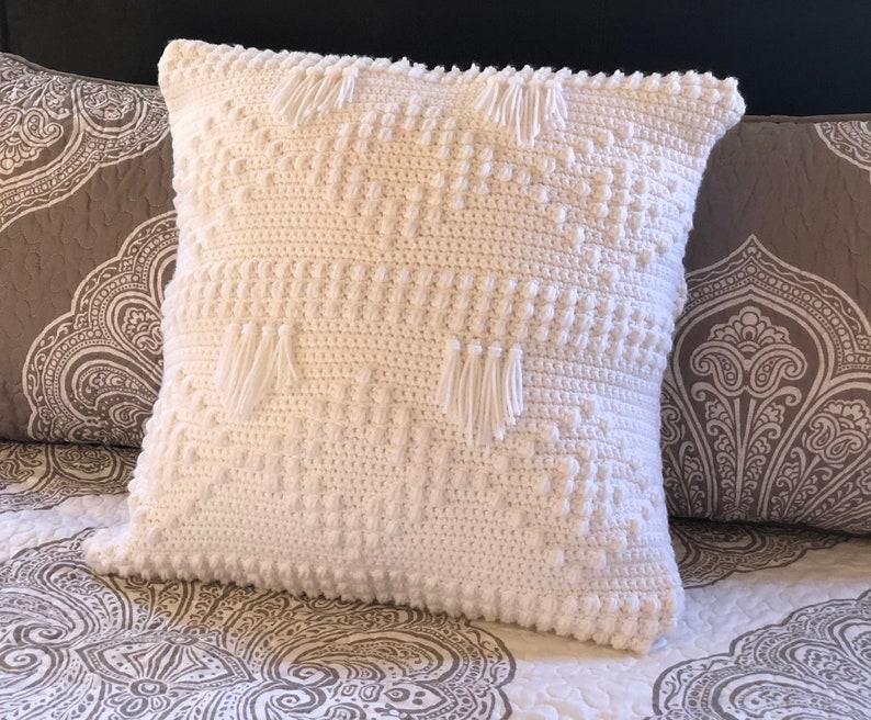Luxus Pillow Sham Digital Crochet Pattern PDF File Format image 0