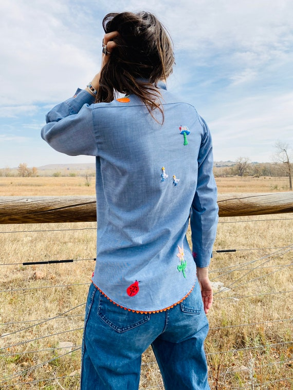 Fruits of Life Ranch Shirt | vintage chambray emb… - image 4