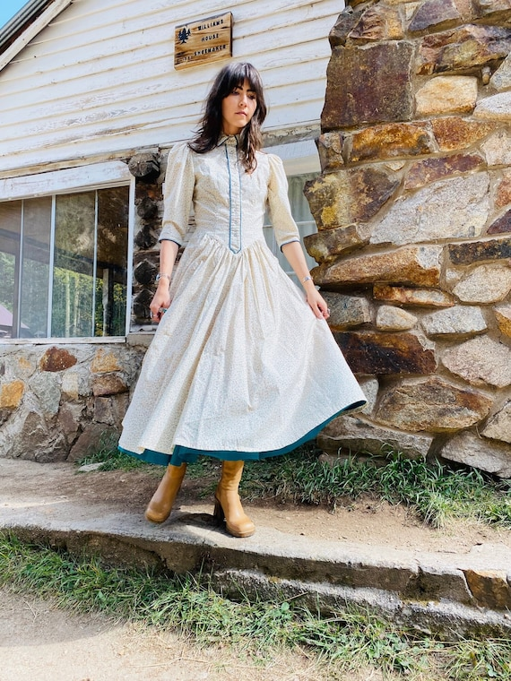 Little House on the Prairie Dress   vintage pearl… - image 2