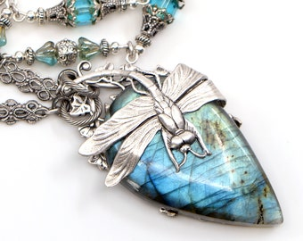 Labradorite Pendant, Labradorite Necklace, Labradorite Jewelry, Labradorite Crystal Jewelry, Blue Labradorite Necklace, Anniversary Gift