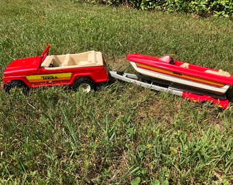Holy Red White and Blue Tonka Jeepster and Boat Explosion Batman! Miss Budweiser 4th of July