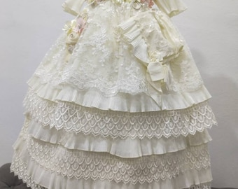 Christening gown, with candle and shoe set, removable, hat and headband, all included