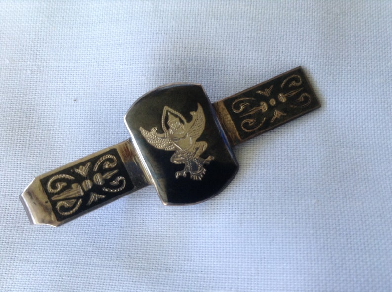 -  1926 to 1935 Made in Siam Vintage Siam Sterling Silver Niello Tie Tack Thailand