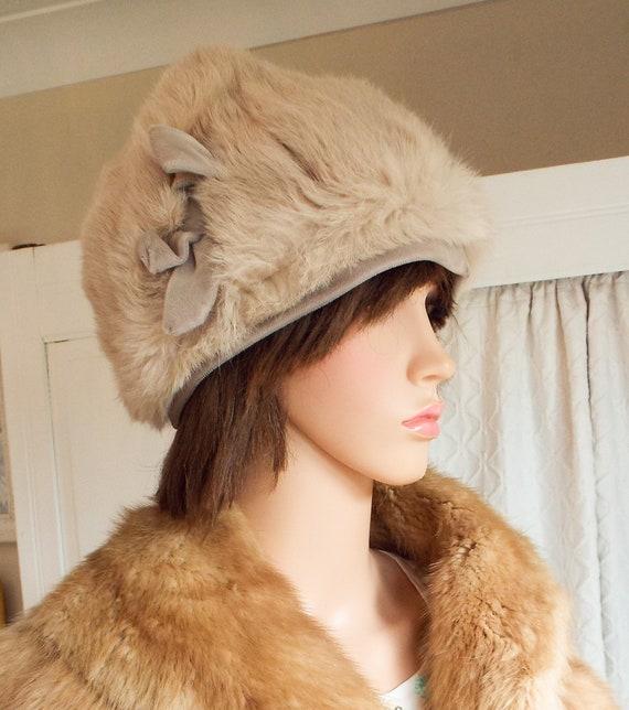 bf42fc2349e Vintage pale beige fur hat Real fur hat 1960s fur and velvet