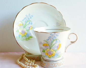 Vintage Colclough 6589 Teacup & Saucer, England. Hand Painted Pastel Florals in Yellow, Pink and Blue with Greenery, Vintage Tea Party Gift
