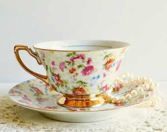 Vintage Yada Hand Decorated Chintz Floral Teacup & Saucer, Japan. Pink, Orange, Yellow and Blue Floral Chintz. Vintage Tea Party Gift