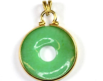 A Jade 9k Gold Pendant