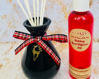 Holiday Glass Reed Diffuser Gift Set with Reindeer Charm