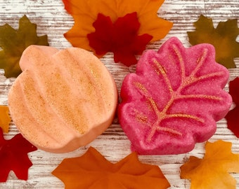 Fall Scents Shimmering Bath Bomb