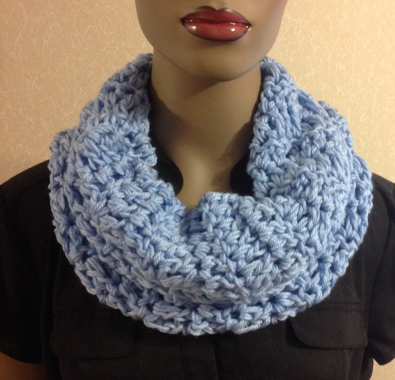 Crochet Cowl/scarves/Mother's Day image 0