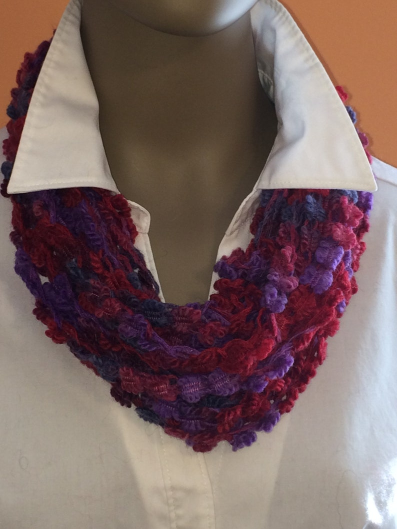Crochet necklace/Mother's Day gift/crochet jewelry/loop image 0