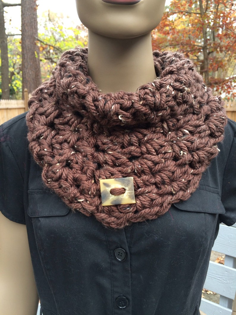 Crochet cowl/women's accessories/brown/cowl/gift/loop image 0