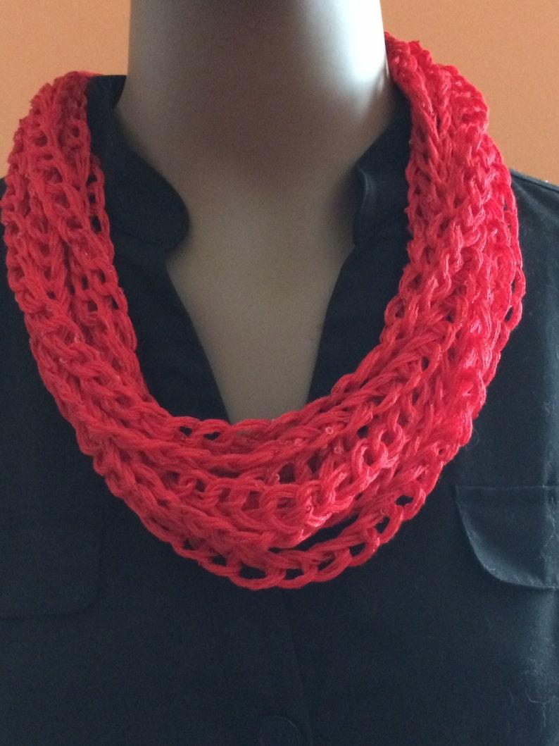 Jewelry/Crochet jewelry/crochet necklace/Valentine's Day image 0