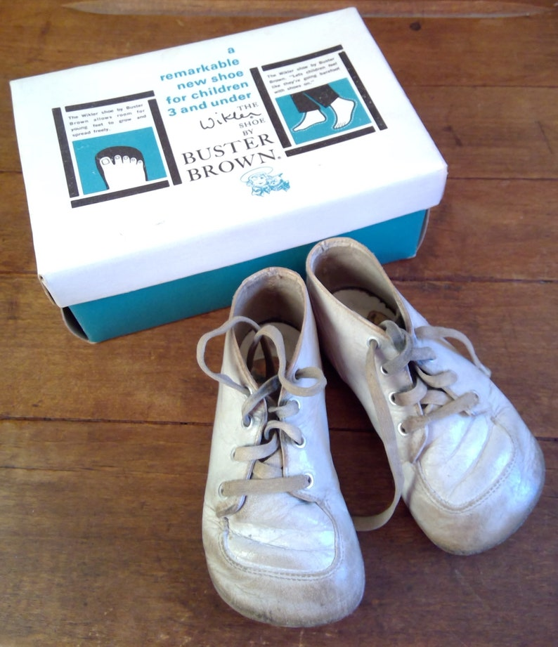 faddcf0ec7a57 Vintage Baby Shoes - Buster Brown Baby Shoes - The Wikler Shoe Circa 1969