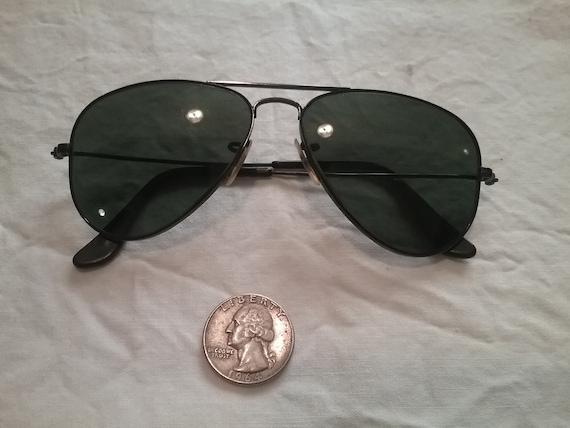 Vintage Ray Ban sun glasses