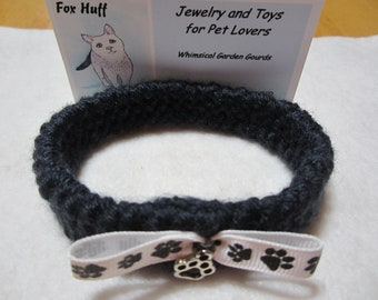 Navy Blue Pet Collar, Cat Collar with Paw Charm, Cat Collar with Paw Print Bow, Knit Pet Collar, Soft Knit Cat Collar, Flexible Cat Collar