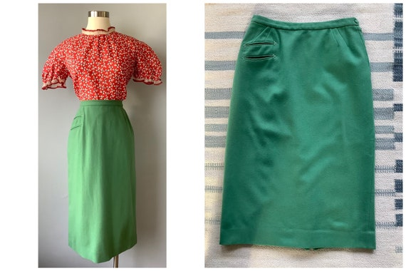 1950s Vintage Lofties Minty Green Wool Pencil Skir