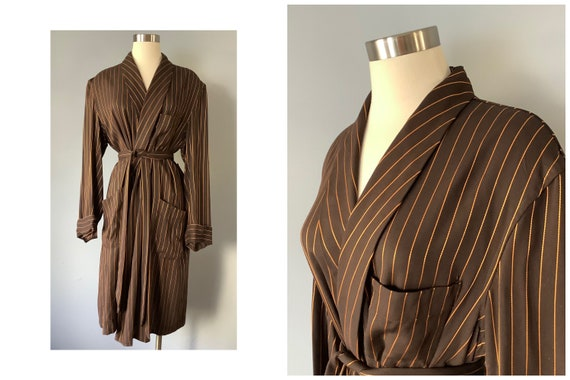 1950s Vintage Smoking Jacket | Robe | Wrap Dress
