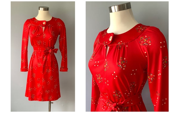 1960s Vintage Gay Gibson Red Novelty Print Dress
