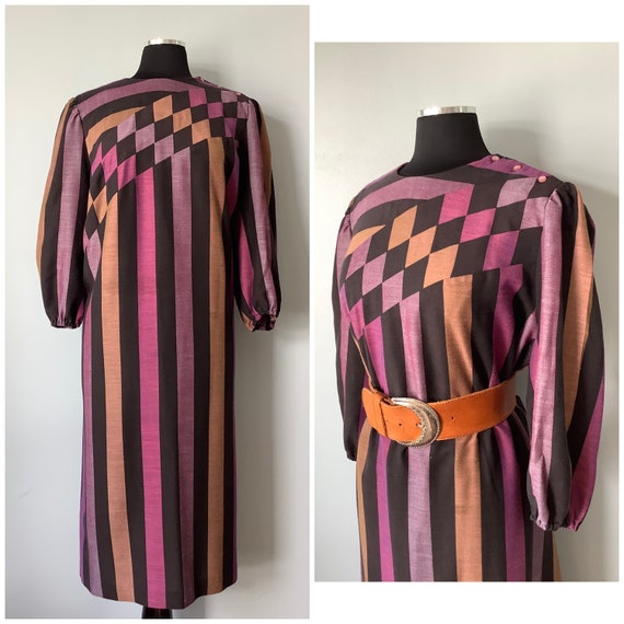 1970s Vintage Geometric Print Dress