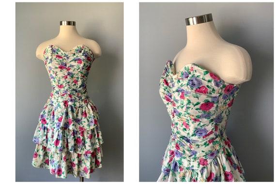 1980s Vintage Strapless Floral Cotton Tiered Ruffl